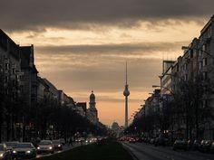 Sonntag, 06.12., 16:59 Uhr – Friedrichshain, Frankfurter Allee: Sonnenuntergangsporno. © Sibylle Roessler