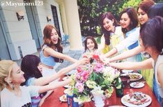 Girls' Generation #SNSD The Best photobook #OT9