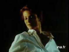 Publicité pour VITTEL avec Angie Everhart [ 1994 ] - http://maxblog.com/13883/publicite-pour-vittel-avec-angie-everhart-1994/