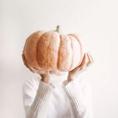 Even though I've been celebrating fall for the last week. happy official first day to my favorite season! Let the pumpkin pictures begin! Autumn Fair, Autumn Home, Pumpkin Head, A Pumpkin, Pumpkin Spice, The Simply Co, Pumpkin Pictures, Lovely Smile, Velvet Cushions