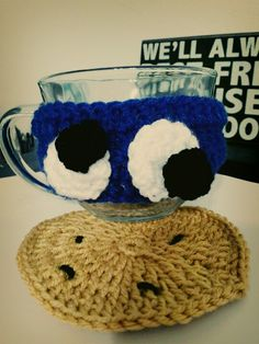 CROCHET COOKIE MONSTER MUG COZY AND COOKIE COASTER