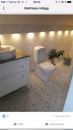 Alcove, Toilet, Bathtub, Bathroom, Standing Bath, Washroom, Flush Toilet, Bath Tub, Bathrooms