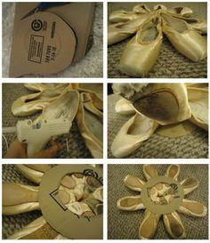 Pretty pointe shoe wreath - what an amazing idea