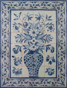Google Image Result for http://www.azulejosdeazeitao.com/Images/ProductImages/F42420091114017-41.jpg