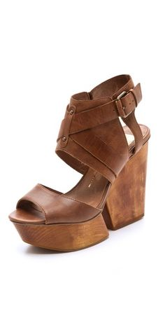 dolce vita! wood platforms.