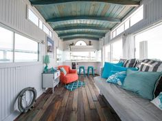 7 Decorating Ideas Inspired by Insanely Dreamy Vacation Homes | Plus tips for making your home feel like a year-round oasis.
