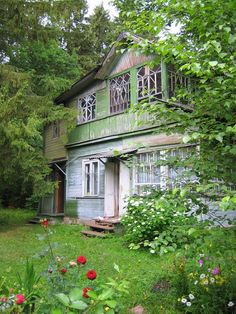 A garden cottage where I can be creative, read, take naps - or have tea with a friend. :))