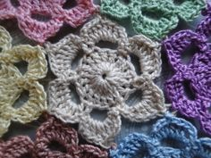 Picotif - Free crochet pattern by Claire from Crochet Leaf, with link to join-as-you-go instructions. Jaygo here: http://www.crochetleaf.com/how-to-join-picotif-crochet-motifs.html
