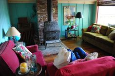 Rockaway Beach - Adorable Vintage Beach Cottage W/ Hot Tub - Cozy Vintage Fireplace