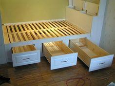 Woodworking Ideas Diy Furniture Platform Beds New Ideas Woodworking Projects That Sell, Woodworking Bed, Box Room Bedroom Ideas, Bedroom Decor, Japanese Bed Frame, Diy Furniture, Furniture Design, Small Apartment Interior, Small Bedrooms