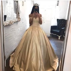 Romantic Lace Ball Gowns Prom Dress,Quinceanera Dresses, Long Prom Dresses Satin Off The Shoulder Appliqued Quinceanera Dresses Sweep Train Wedding Dresses Ball Gowns Prom, Ball Dresses, Evening Dresses, Satin Dresses, Pageant Gowns, 15 Dresses, Dresses Online, Fashion Dresses, Formal Dresses