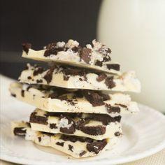 Cookies and Cream Oreo Chocolate Bark | Brown Eyed Baker