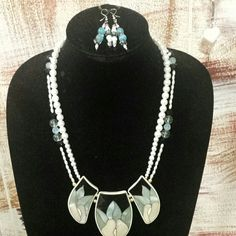 Vintage handcrafted necklace Beautiful set with earrings included Jewelry Necklaces