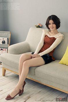 Slim Leaves Solid Color Long-sleeved T-shirt (brown)