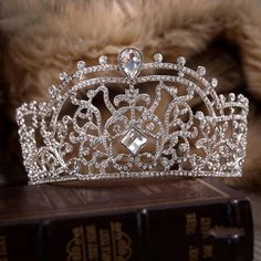 Large Pageant Beauty Contest Party Tiara Crown With Hair Combs Austrian Rhinestone Clear Crystal Luxury Jewelry
