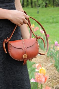 Items similar to red leather purse. the wren in cherry wood red vegetable tanned leather. wood button on Etsy Leather Tooling, Leather Purses, Leather Handbags, Red Leather, Leather Jewelry Tutorials, Coin Bag, Leather Bags Handmade, Vegetable Tanned Leather, Small Bags
