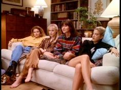 beverly hills 90210 / Pajamas party 90s