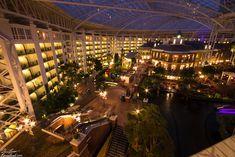 Gaylord Opryland Resort in Nashville, Tennessee, at night