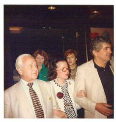 Joan Bennett being escorted into a 1980s Dark Shadows Festival by her husband, David Wilde, and Jonathan Frid.