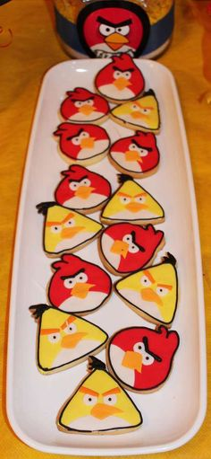 Violeta Glace 's Birthday / Angry Birds - Photo Gallery at Catch My Party Festa Angry Birds, Angry Birds Cake, Bird Birthday Parties, Birthday Stuff, Birthday Ideas, Cupcakes, Cupcake Cakes, Bird Cookies, Cute Baking