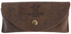 Ob Sonnen- oder Lesebrille - das Brillenetui 'Colins' überzeugt als stylischer Schutz für jedes Gestell. Gusti Leder - 2a23-26-22