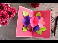 Tarjeta de Flores Pop Up Mother's day is approaching and this idea is perfect to show her how much y Paper Flowers Craft, Paper Crafts Origami, Easy Paper Crafts, Diy Crafts For Gifts, Fathers Day Crafts, Diy Arts And Crafts, Flower Crafts, Crafts For Kids, Flower Diy