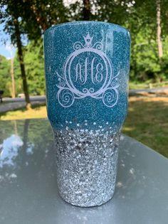 Glitter Cups, Glitter Paint, Blue Glitter, All Disney Princesses, Cinderella Disney, Diy Tumblers, Custom Tumblers, Glitter Tumblers, Disney Cups