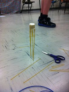 Marshmallow Challenge: The task is simple: in eighteen minutes, teams must build the tallest free-standing structure out of 20 sticks of spaghetti, one yard of tape, one yard of string, and one marshmallow. The marshmallow needs to be on top. Science Classroom, Teaching Science, Classroom Activities, Teaching Ideas, Scout Activities, Stem Activities, Teaching Tools, Capturing Kids Hearts, Marshmallow Challenge
