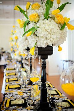 Yellow, White & Black Wedding ~ Tablescape #yellow #black #white #centerpieces #tablescapes #floral #weddings #linens @WedFunApps wedfunapps.com Luv