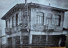 Eski Salihli Belediye binası. Şimdiki Belediye Caddesi'ndeki Hilmi Sarıgedik'in binasının olduğu yer 1932