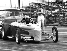 Cernys rear engine Modified Roadster. Lions Drag Strip
