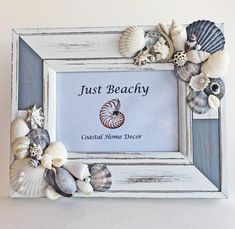 Handmade Home Decor Seashell Projects, Seashell Crafts, Beach Crafts, Crafts To Do, Beach Cottage Style, Beach Cottage Decor, Coastal Decor, Coastal Style, Photo Frame Decoration