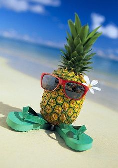 Florida's Premier Beachside Vacation Resort How cute is this little pineapple man in the beach! Super cute with his flip flops!How cute is this little pineapple man in the beach! Super cute with his flip flops! Summer Of Love, Summer Beach, Summer Fun, Summer Vibes, Hello Summer, Beach Bum, Pineapple Wallpaper, Pineapple Pics, Hawaii Pictures