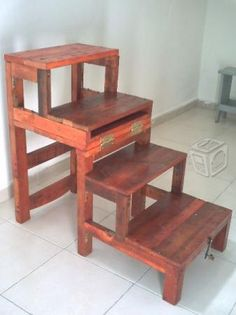 Silla escalera reforzada Small Woodworking Projects, Diy Pallet Projects, Diy Woodworking, Wood Projects, Space Saving Furniture, Home Decor Furniture, Pallet Furniture, Modern Furniture, Ladder Chair