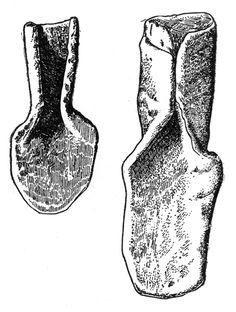 Urartu Spades.Van Gölü'nün doğusunda yer alan Rusahinili (Toprakkale)'de yapılan kazılarda bulunan bir saban demiri.