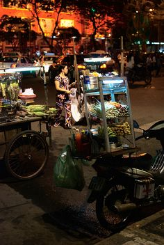 Street Food in Ho Chi Minh City/ Saigon, Vietnam Vietnam Tours, Vietnam Travel, Asia Travel, Saigon Vietnam, Vacation Travel, Laos, Cool Places To Visit, Places To Travel, Places To Go