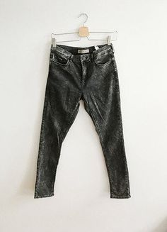 Kup mój przedmiot na #vintedpl http://www.vinted.pl/damska-odziez/rurki/15863658-topshop-leigh-marmurkowe-l30-w28-klasyka-minimalizm-basic-joni