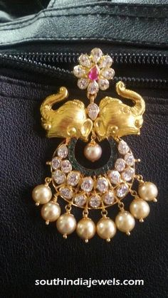 Gold Elephant pendant with pearls