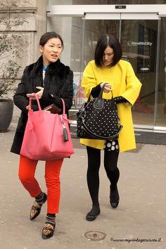 neon trend street style milan fashion week