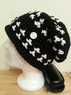 Beanie, Facebook, Hats, Fashion, Hoods, Monochrome, Moda, Hat, Fashion Styles