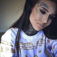 pinterest: ♥Swag*Girl*Make Up* Hair♥ https://es.pinterest.com/Swag15Fashion/