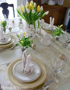 Yellow and White Spring/Easter Table Setting