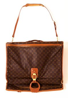 LOUIS VUITTON TRAVEL - one day!