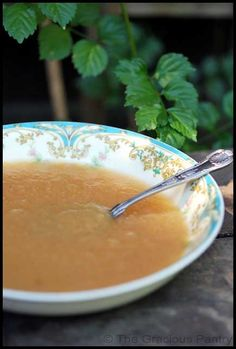 Clean Eating Apple Sauce (Click Pic for Recipe) I completely swear by CLEAN eating!! To INSANITY and back.... One Girls Journey to Fitness, Health, & Self Discovery.... http://mmorris.webs.com/