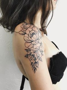 Without the bottom flower and with more leaves on the back, tattoo old school tattoo arm tattoo tattoo tattoos tattoo antebrazo arm sleeve tattoo Tattoo Designs For Girls, Tattoo Girls, Girl Tattoos, Bow Tattoos, Cross Tattoos, Couple Tattoos, Tattoo Sketch, 16 Tattoo, Shoulder Cap Tattoo