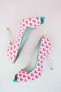 peep-toes with heart  you must love them ...