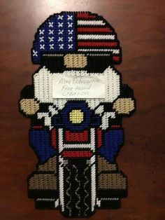 Plastic Canvas Crafts, Plastic Canvas Patterns, Gnome 4, 4th Of July, Free Pattern, Balloons, Cross Stitch, Embroidery, Samurai