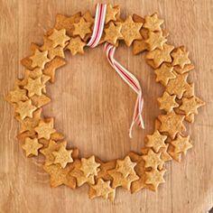 Gingerbread wreath - salt dough?