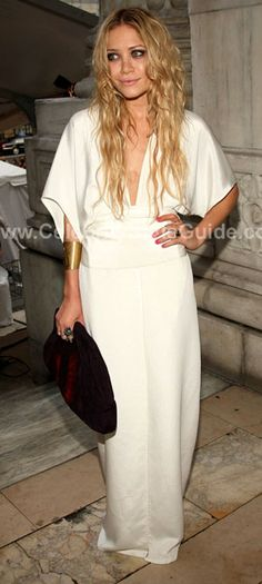 Mary Kate  Ashley Olsen #fashion #style