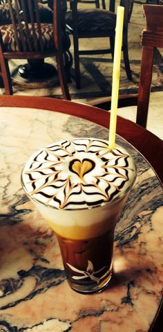 Freddo cappuccino! Best Coffee, Iced Coffee, Coffee Shop, Coffee Is Life, Coffee Lovers, The Kitchen Food Network, Coffee With Friends, Cuppa Joe, Keep Calm And Drink